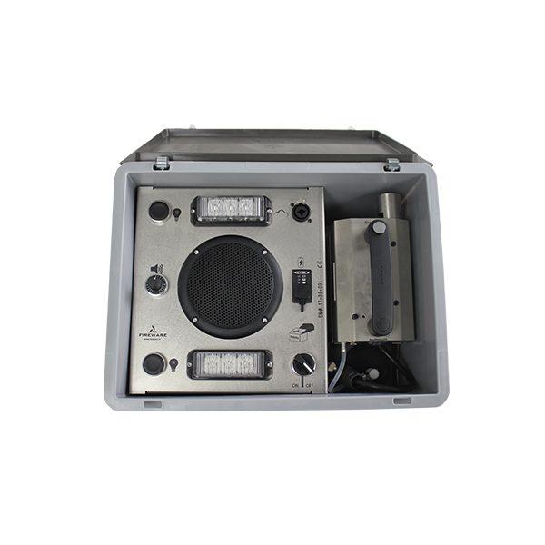 025-012-011 Pandoras Box Met Rookmachine