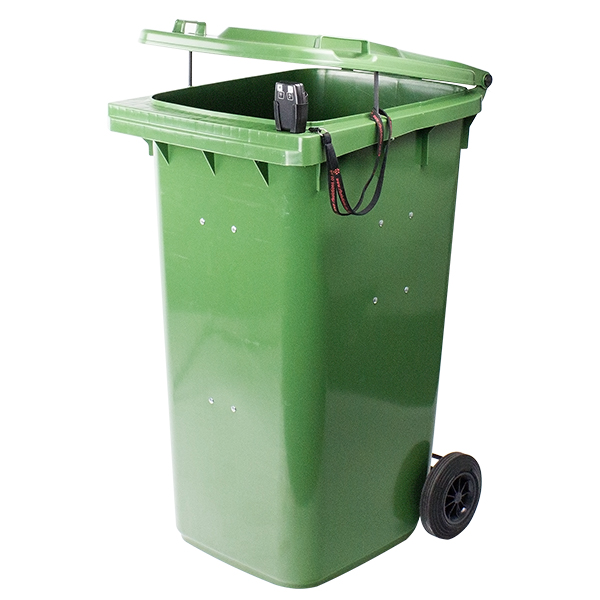 RST-705-102 Burning wheelie bin