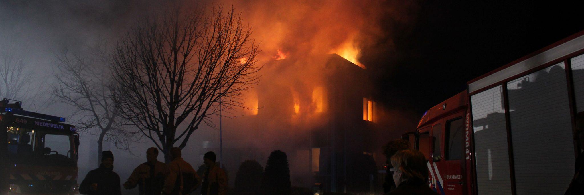 Eigen gebouw in brand